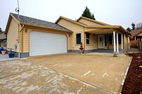 6321 SE Aldercrest Ct