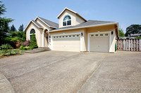 11613 S Hazelnut Ct